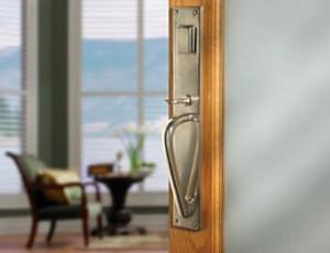 Ashley Norton's Customizable Entry Sets Make a Grand Entrance